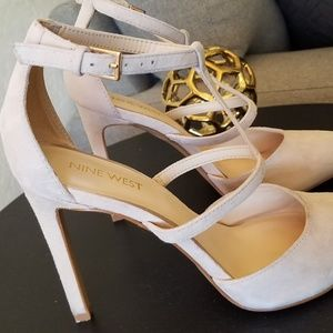 Nine West Gorgeous Suede Nude